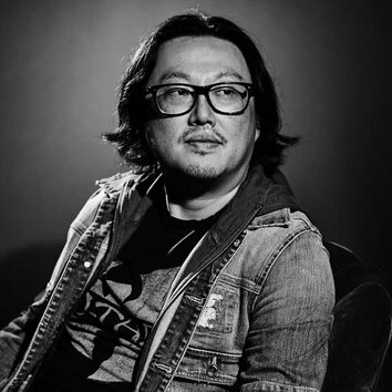 Joseph Kahn is a Korean-American film and music video director. Kahn has worked with various artists ..
