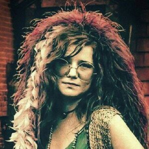 "Janis Lyn Joplin was an American singer-songwriter who sang rock, soul and blues music. One of the most successful and widely known rock stars of her era, she was noted for her powerful mezzo-soprano vocals and ""electric"" stage presence."